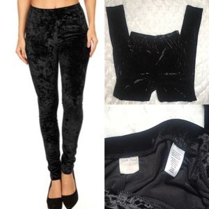 Wild pearl black velour high waisted skinny